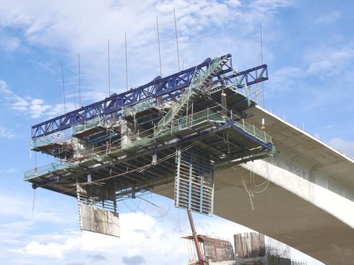 В 2013 году Нижегородские власти выделят средства на строительство моста через реку Волга